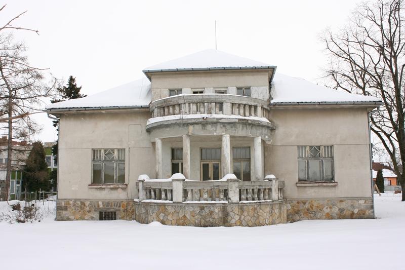Vila Bondy. Rezidence ředitele cukrovaru vLitoli
